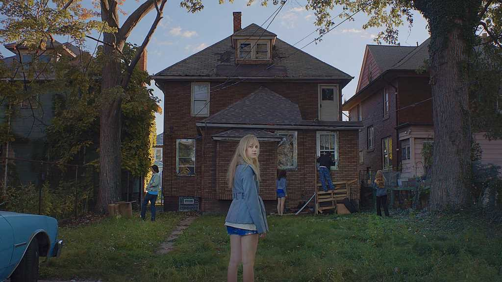It Follows 4
