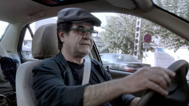Taxi Tehran (2015) 2